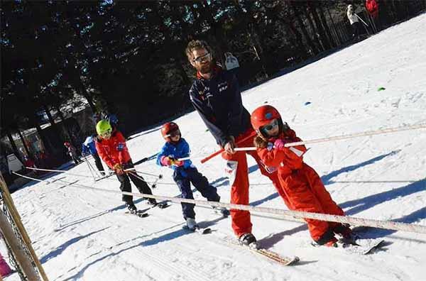 cours de ski pour enfants à la clusaz